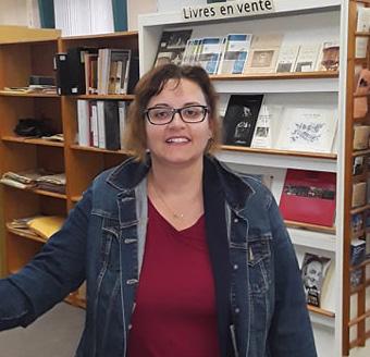 Vicki Onufriu, historienne et présidente du C.A. de la SHGIJ.